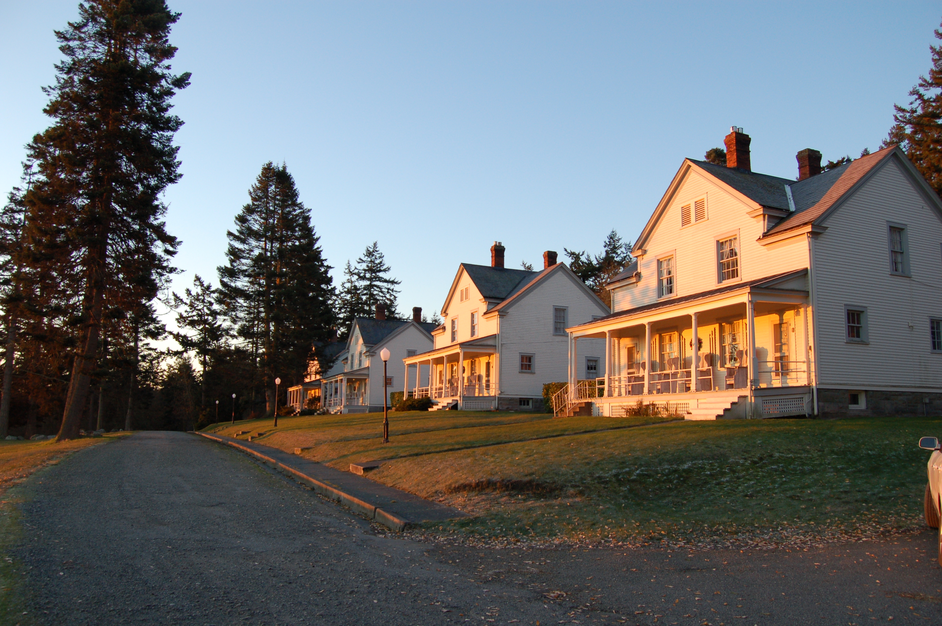 Fort Casey Inn Units