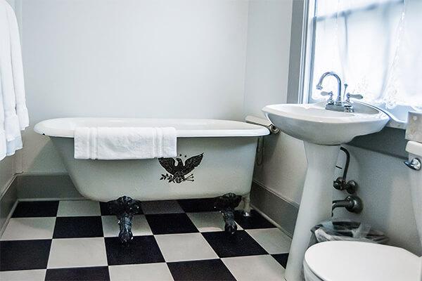 Unit 6 bathroom