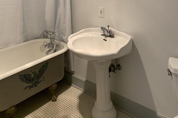 Unit 9 bathroom